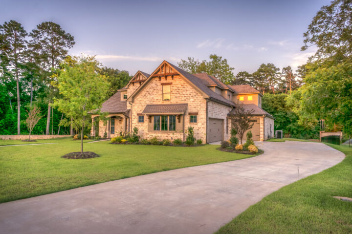 house with buckwheat hull mulch